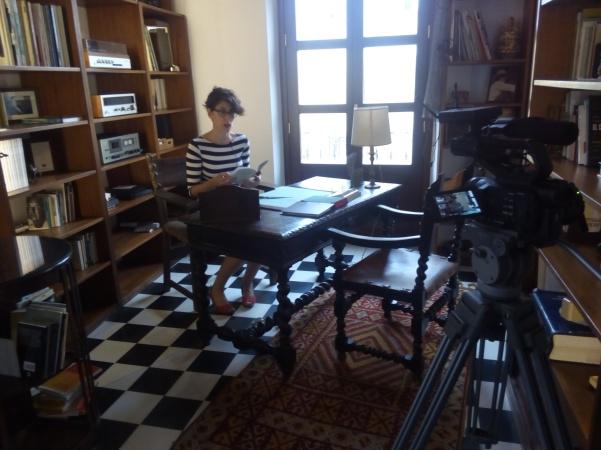 Almudena recita en la La Casa del Poeta
